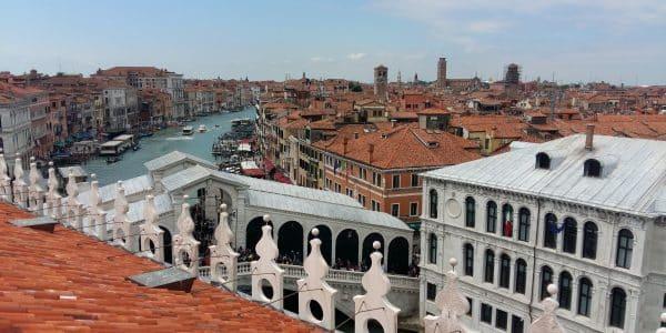 biennale di venezia 2017 - 20170510 122631 1495995036388 600x300 - Biennale di Venezia 2017: le cinque cose da non perdere