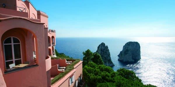 hotel punta tragara - Hotel Punta Tragara  vista 1 600x300 - Hotel Punta Tragara a Capri: toccare i Faraglioni con un dito