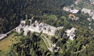 Sacri Monti sacri monti - sacrimonti 300x179 - Turismo mistico: a spasso tra i Sacri Monti, patrimonio dell'Unesco