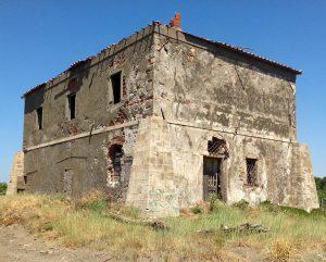 Maremma - Forte di Macchiatonda maremma - forte macchiatonda 300x241 - Weekend in Maremma: i posti da visitare, le cose da fare