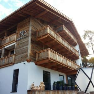Weekend d'autunno - Hotel Mont Chalet weekend di autunno - 20171008 101126 1507567911395 resized 300x300 - Weekend di autunno in Alto Adige, tra Bolzano e la Val Gardena