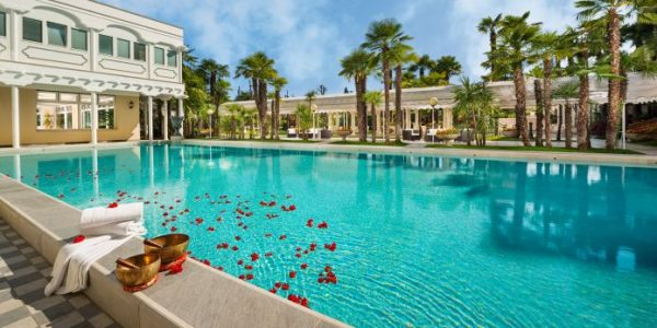 gb thermae hotels - Metropole OrientalThermalSpa Abano Terme Aussenansicht 13937 600x300 - GB Thermae Hotels: coccole termali ad Abano Terme