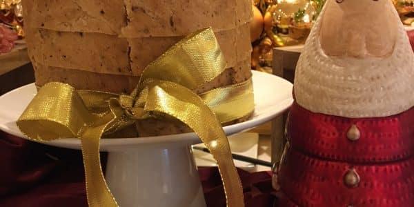 il panettone - IMG 9650 600x300 - Il Panettone, il più classico dei dolci natalizi si veste di salato