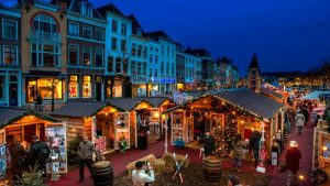 Olanda - Mercato galleggiante di Leiden olanda - mercato galleggiante 300x169 - Olanda: feste tra luci e suggestioni