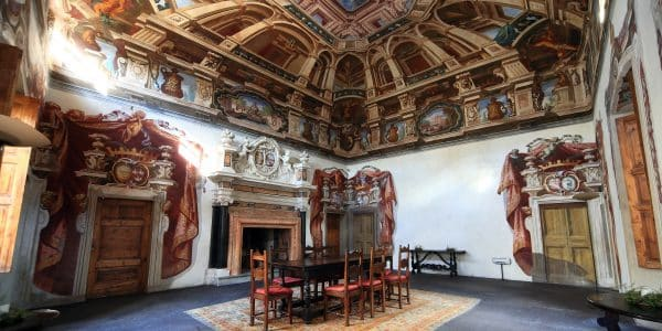 valtellina - Storia PalazzoSertoliSalis Tirano 600x300 - Valtellina da scoprire tra palazzi storici, castelli e affreschi
