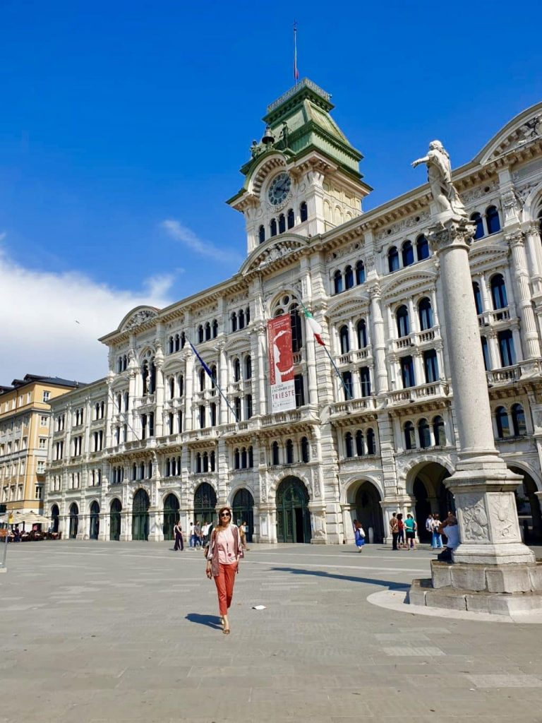 trieste - 1a70203c 3c25 4c1f 9f11 f748ea5e8afb 768x1024 - Trieste: viaggio nella capitale della creatività con ITS