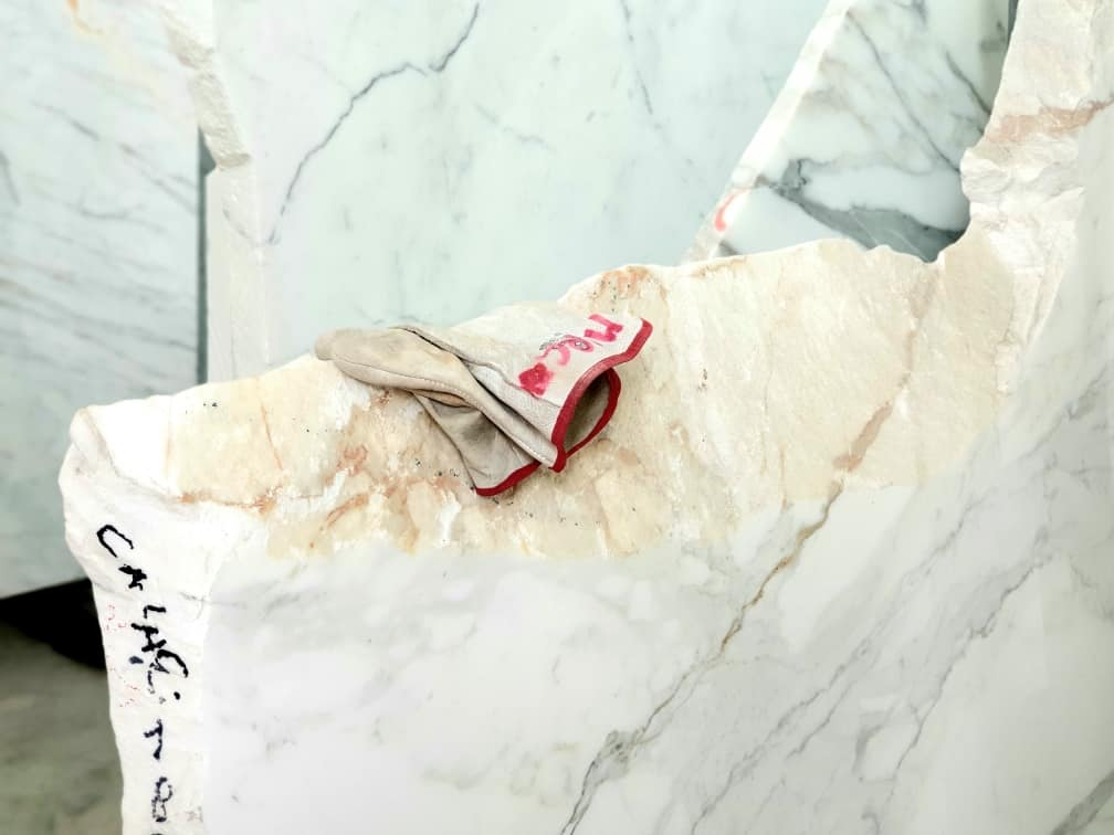 Carrara - Marmo carrara - 20200721 132038 - Carrara: viaggio nella storia millenaria del marmo