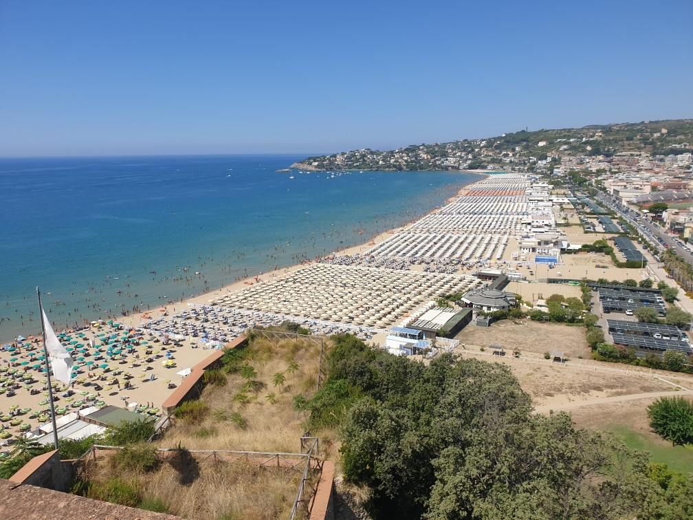 Gaeta: spiaggia del Serapo