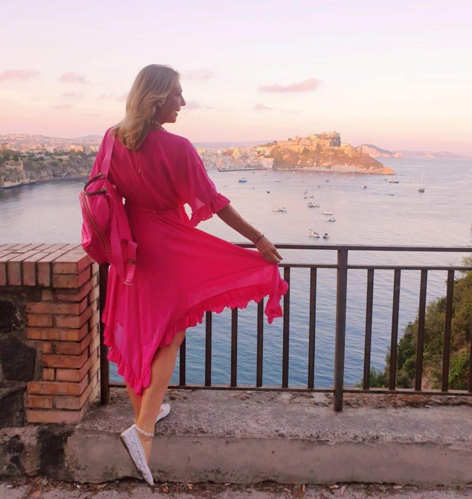Procida - Belvedere Elsa Morante procida - 20200827 000335 e1600533812589 969x1024 - Procida, la perla del golfo di Napoli: tutte le cose da fare