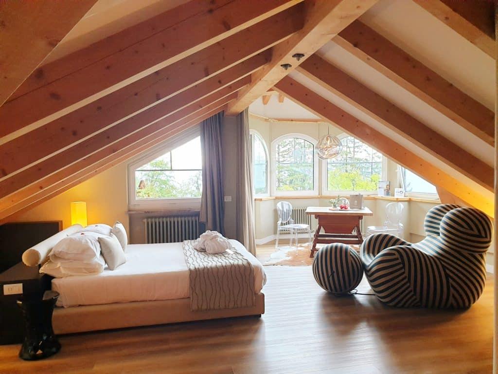 Trentino - Suite nella torretta dello Sport Hotel Panorama trentino - 20200831 150057 1024x768 - Trentino: benessere con il forest bathing a Fai della Paganella