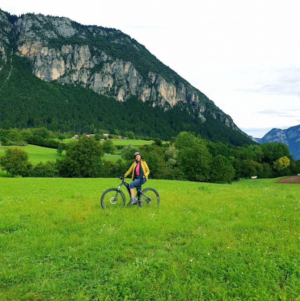 Trentino - E-bike a Fai della Paganella trentino - 20200902 112132 e1600794384515 1021x1024 - Trentino: benessere con il forest bathing a Fai della Paganella