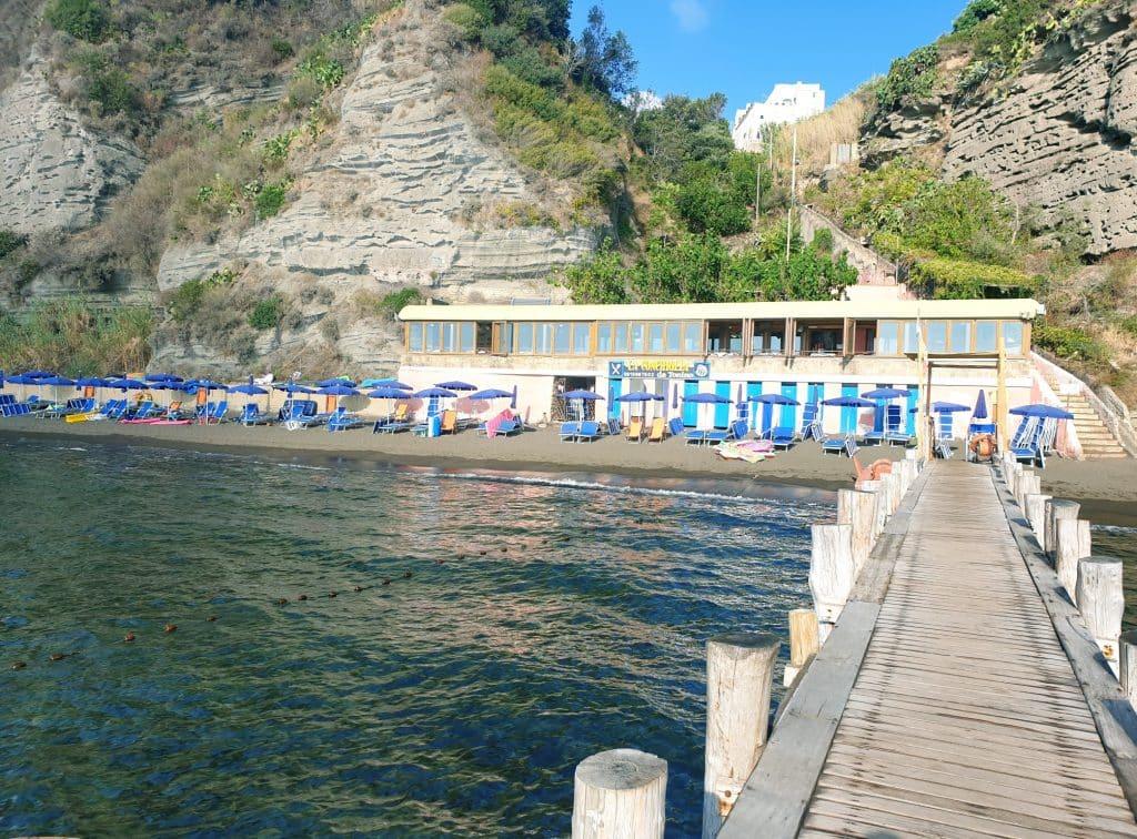 Procida - Spiaggia della Chiaia procida - 20200919 144729 1024x756 - Procida, la perla del golfo di Napoli: tutte le cose da fare